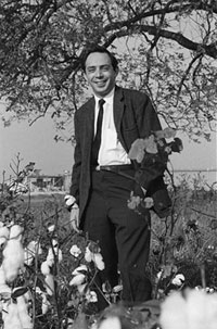 Jack Geiger in the cotton fields of Mound Bayou, Mississippi, 1968