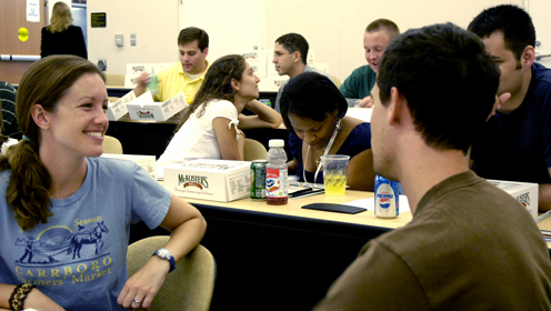 HC&P students enjoy lunch at fall orientation. Photo © Lisa Marie Albert.