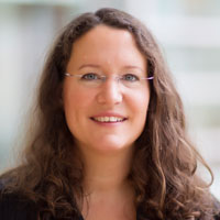 Dr. Liza Makowski