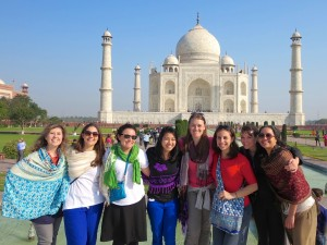 GGG_sphg_Group at Taj Mahal
