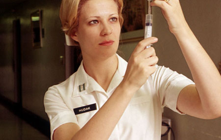 nurse-and-injection_450x385