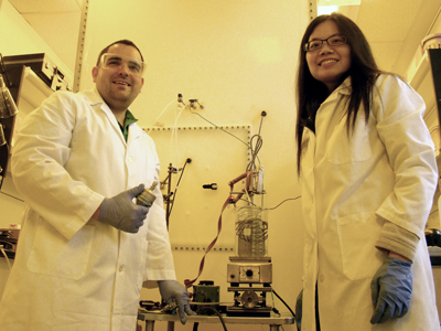 Dr. Jason Surratt (left) is assisted in his UNC laboratory by former ESE postdoctoral fellow Dr. Ying-Hsuan Lin.