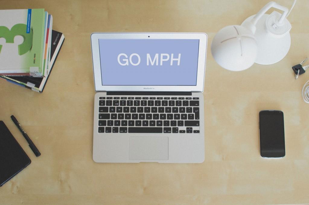 phlp-gomph-desk-computer2-mph