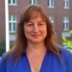 Dr. Wanda Bodnar