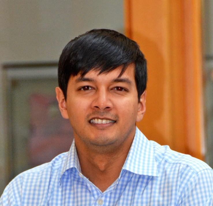 Dr. Naim Rashid
