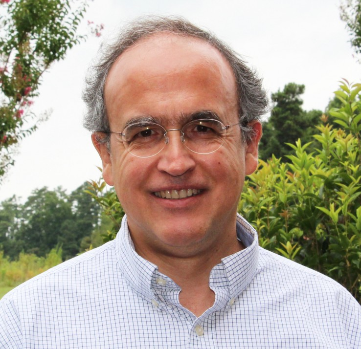Gustavo_Angeles