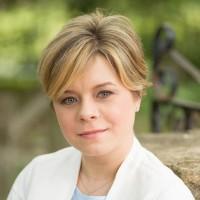 Dr. Karine Dubé