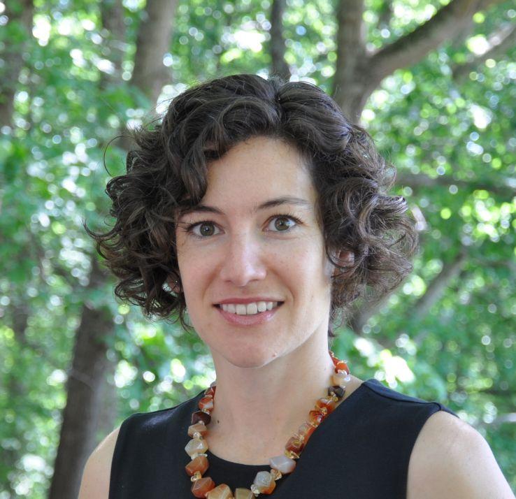 Dr. Tania Desroisers