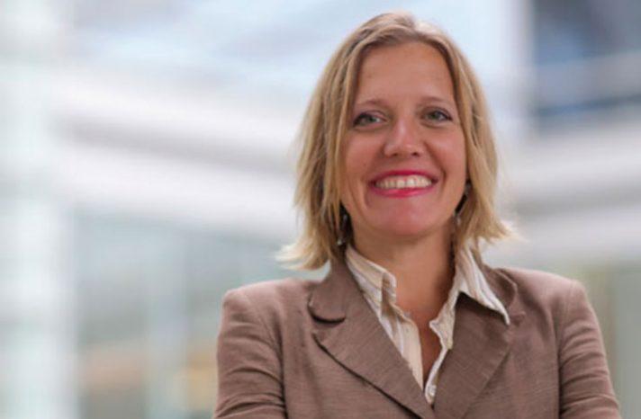 Dr. Jennifer S. Smith