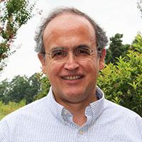 Dr. Gustavo Angeles