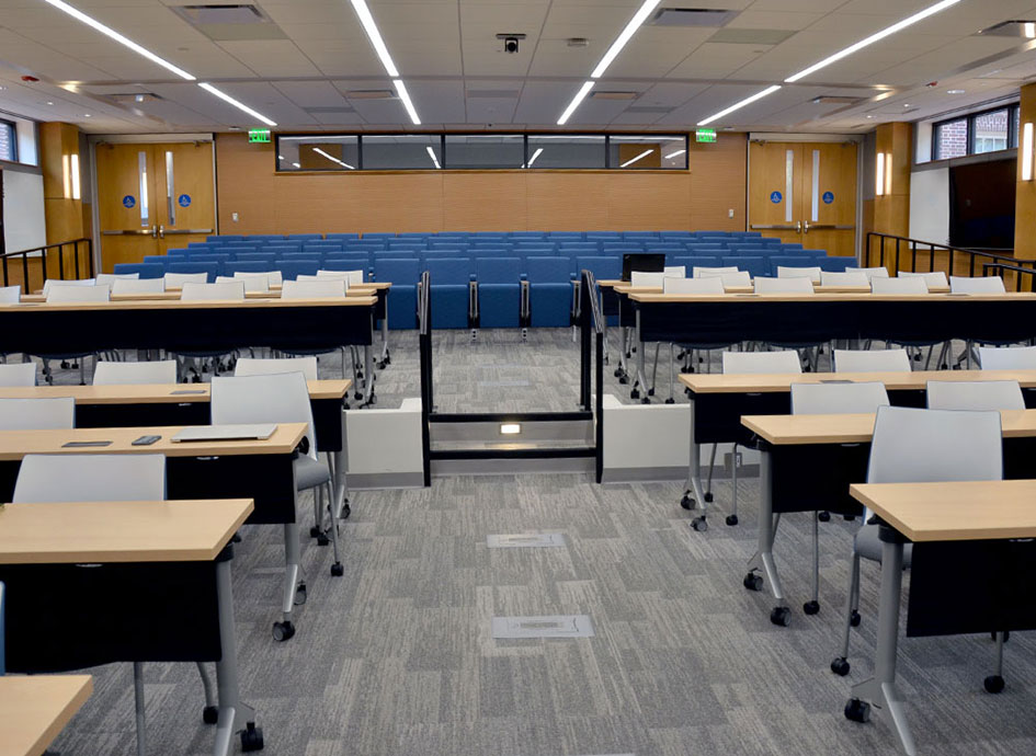 The Joan Heckler Gillings Auditorium hosts classes, meetings and special events.