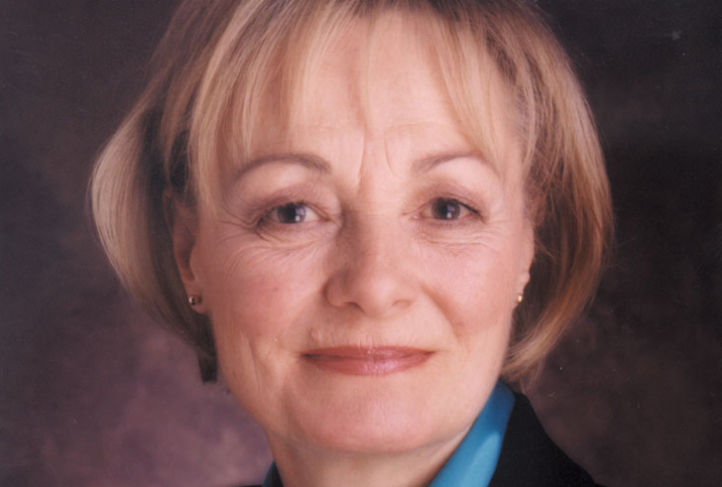 Dr. Peggy Leatt