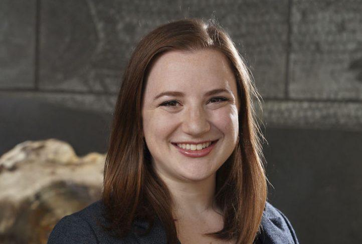 Dr. Nicole Kahn