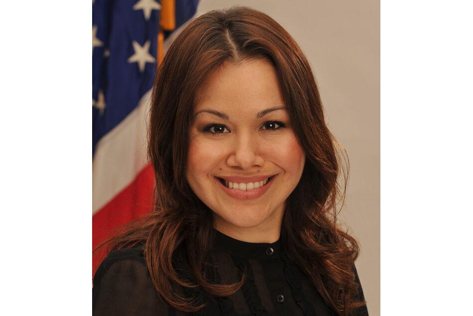 Portrait of HPM MHA '05 alumna Mayra Alvarez