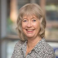 Dr. Marianne Baernholdt